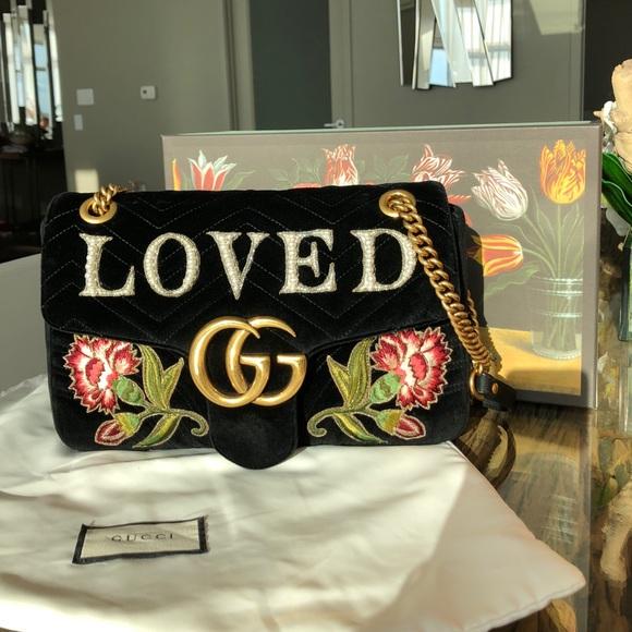 4c8e8d51ce GG Marmont medium velvet bag - GUCCI